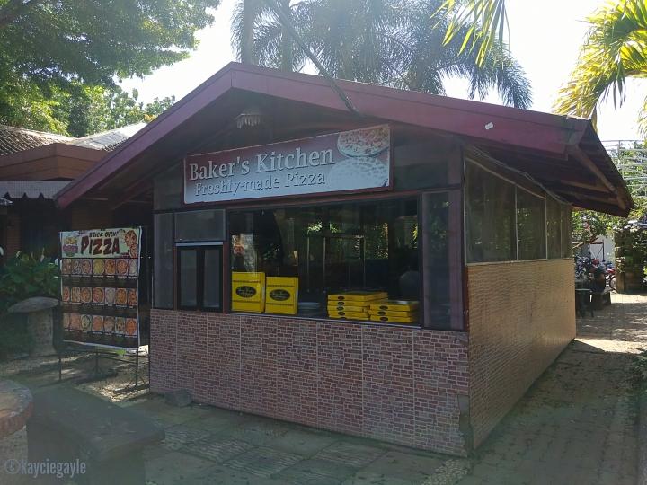 Baker's Hill, Palawan - Pizza store - misswoman.co - kayciegayle
