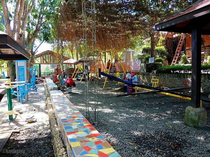 Baker's Hill - kayciegayle - misswoman.co - playground