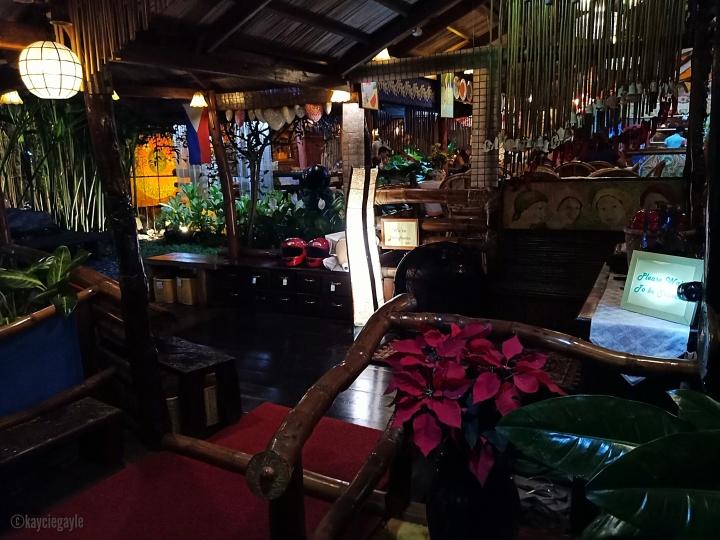 3 - KaLui Restaurant - Palawan - misswoman.co
