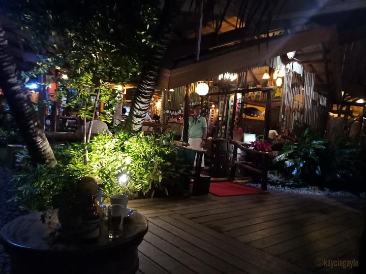 2 - KaLui Restaurant - Palawan - misswoman.co