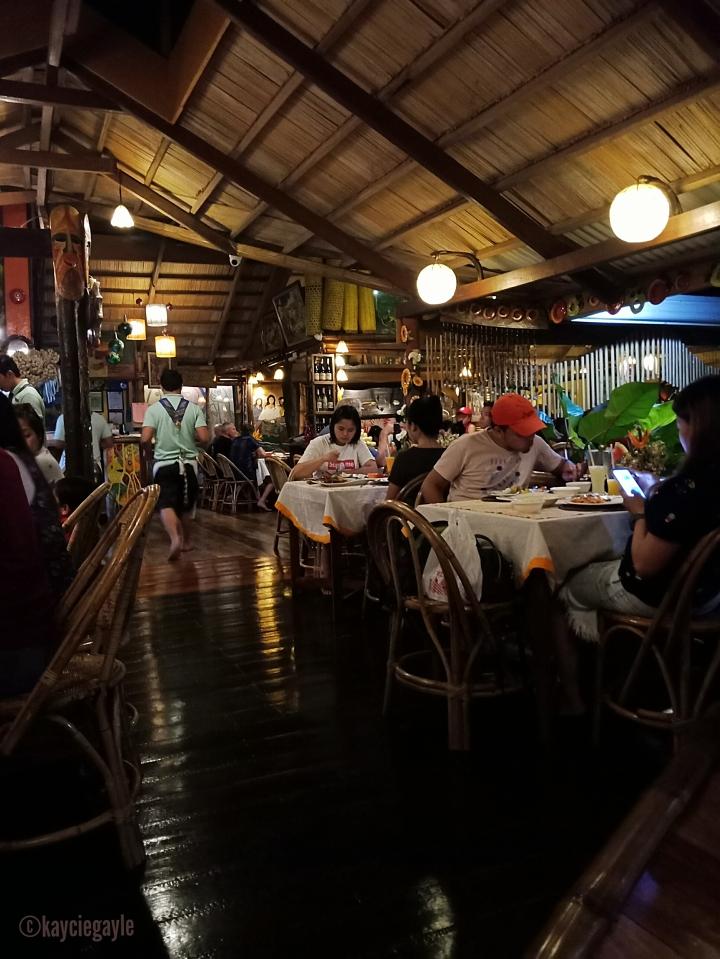17 - KaLui Restaurant - Palawan - misswoman.co