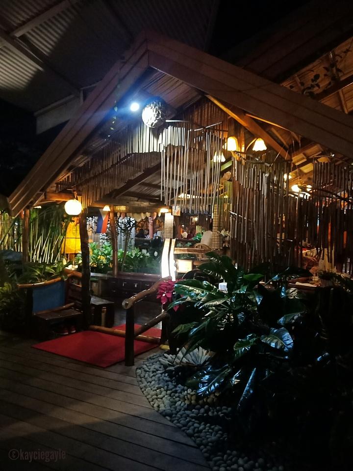 7 - KaLui Restaurant - Palawan - misswoman.co