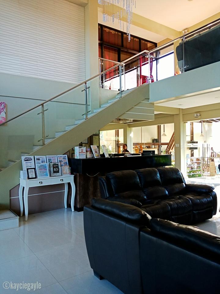 Reception Area -  rema tourist inn - palawan misswoman.co