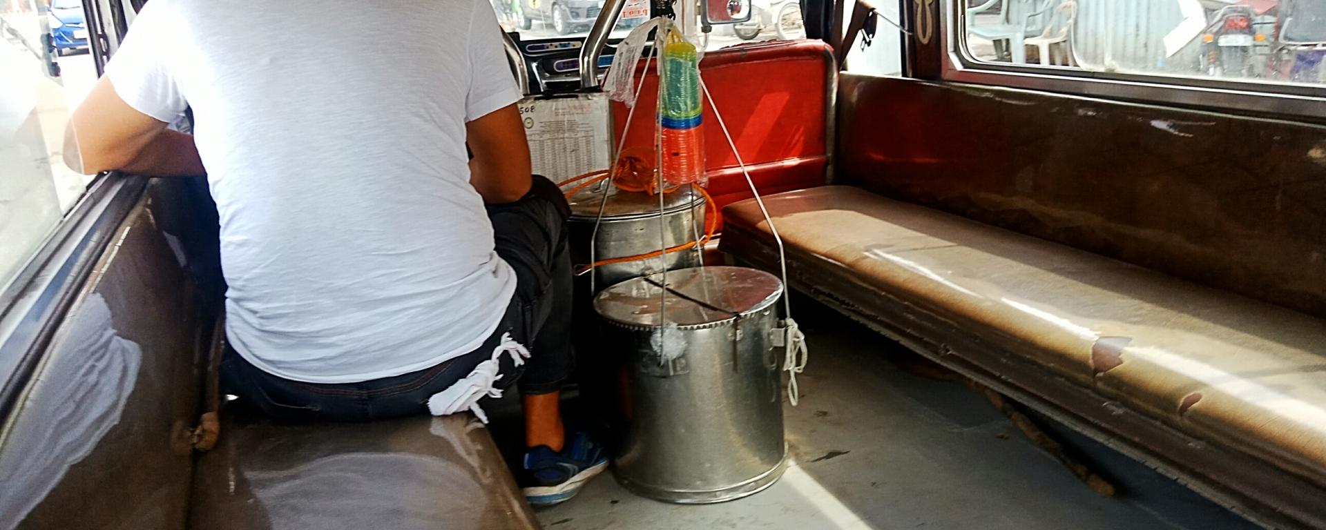 Taho magtataho, taho vendor peddler jeepney
