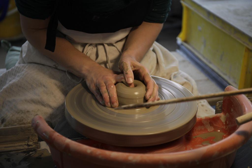 ceramic-pottery-handmade-local-product-binipina